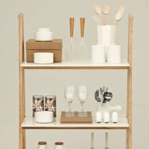 Knihovna One step up Bookcase od Normann Copenhagen